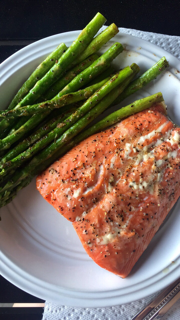 12 Minute Salmon and Asparagus